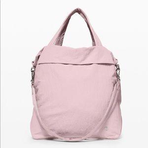 Lululemon bag- on my level